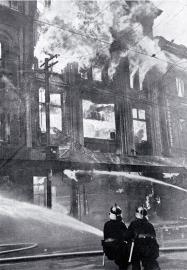 Ballantynes Fire 1947