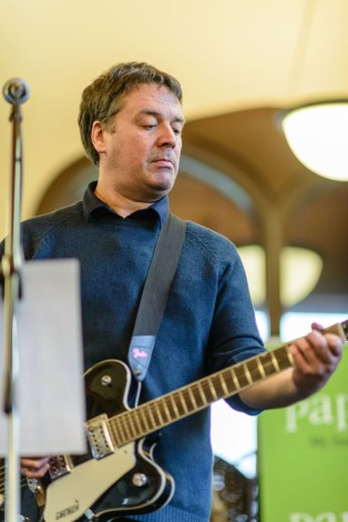 Martin Phillipps (The Chills) at the book launch gig of The Dunedin Sound, 17 November 2016 at The University of Otago (Photo: John Collie)